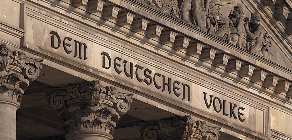 Geplanter Graben vor dem Berliner Reichstag: Die Festung ...  Geplanter Grabe...